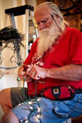 Santa fixing lights-2